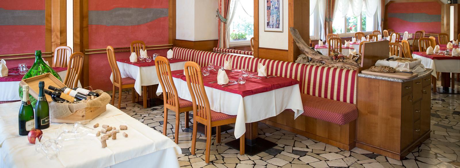 Hotel levico terme mezza pensione o pensione completa for Hotel mezza pensione bressanone